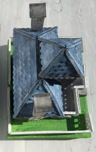 Roofline overview of Spring Mansion putz glitterhouse