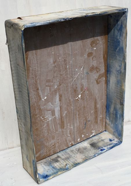 Distressed box for vintage print