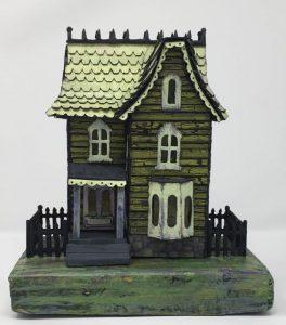 Front Davenport Green Halloween house