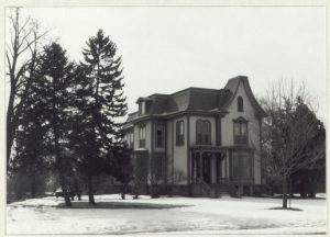 Old photo of Beverly Davenport house