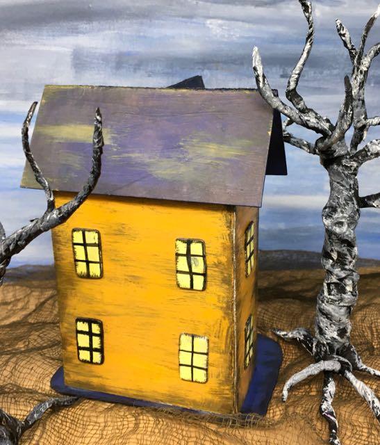 Back view Halloween Paper House No. 10 #diyhalloween #halloweenhouse