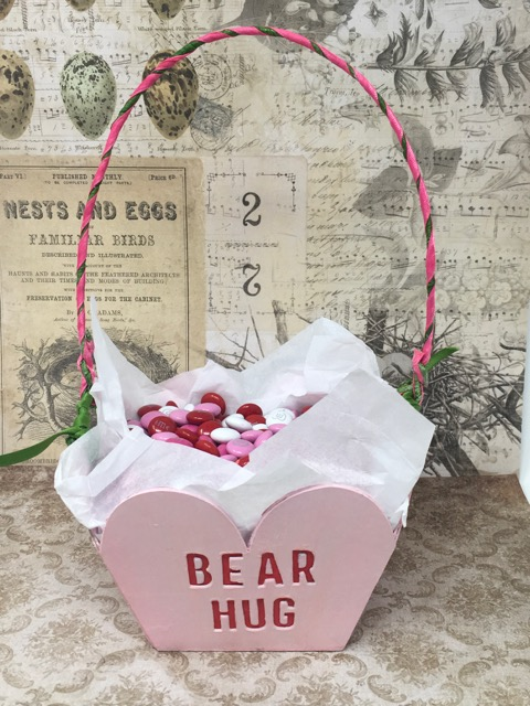 Bear Hug side of the Sweetheart Candy Basket