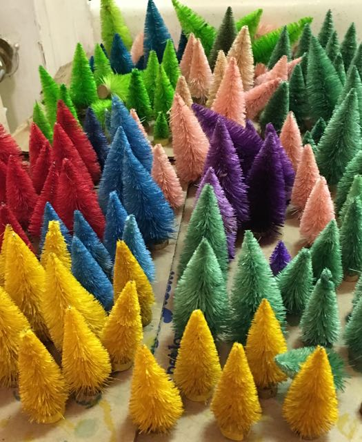 Bottle Brush trees dyed for craft party