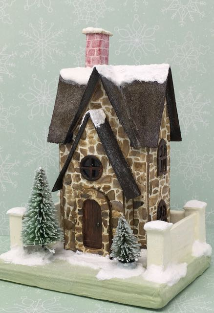 Christmas Farmhouse Putz house with a free paper house pattern to make your own little Christmas house #christmashouse #putzhouse #christmas #papercrafts
