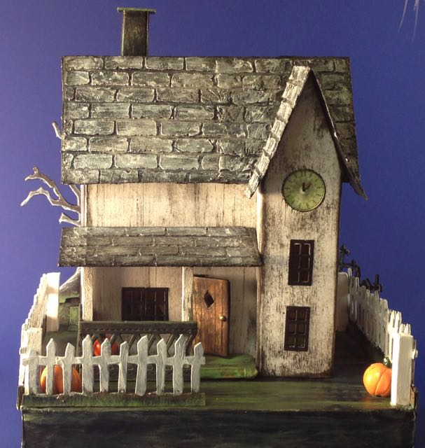 Jennifer's paper Halloween putz house