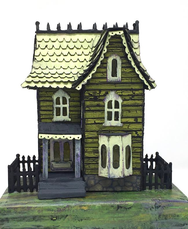 Davenport Green paper mini haunted house
