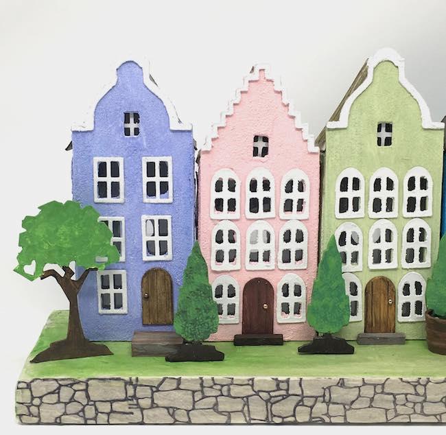 Dutch canal paper house facades on Rainbow row
