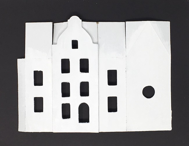 Facade no 2 for Amsterdam canal paper house on base template