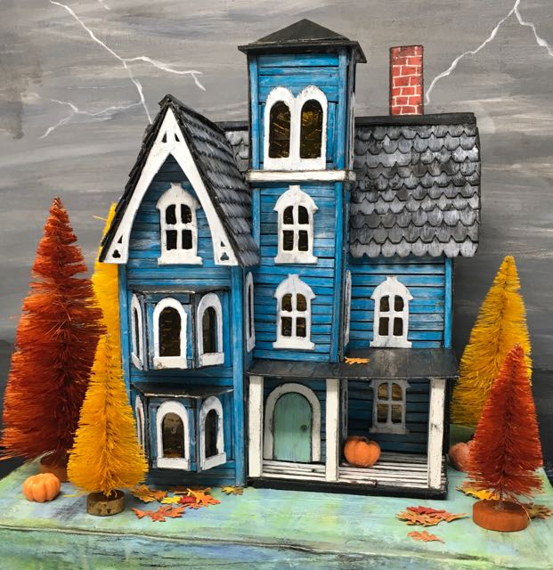 Faded Mansion putz house dressed for the fall free pattern to make this house