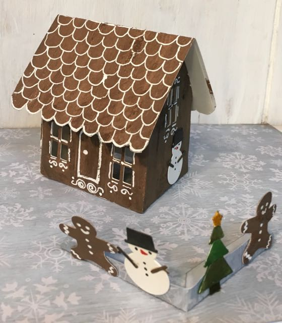Gingerbread House pop-up side angle view #popupcard #christmascard #gingerbreadhouse #papercraft