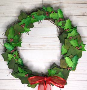Holly and Ivy wreath with paper leaves