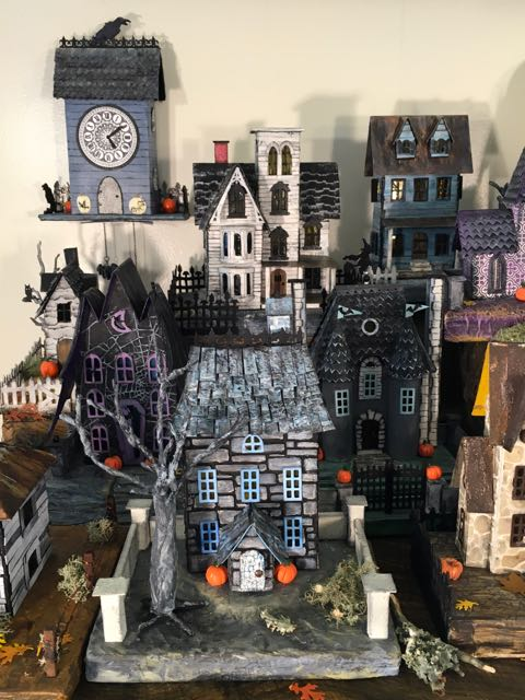 Halloween Village of Halloween paper houses #halloweenvillage #paperhouses #putzhouses #papercrafts