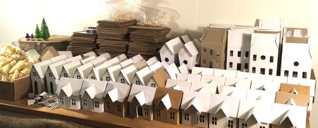 Little Putz houses for the little house making craft party