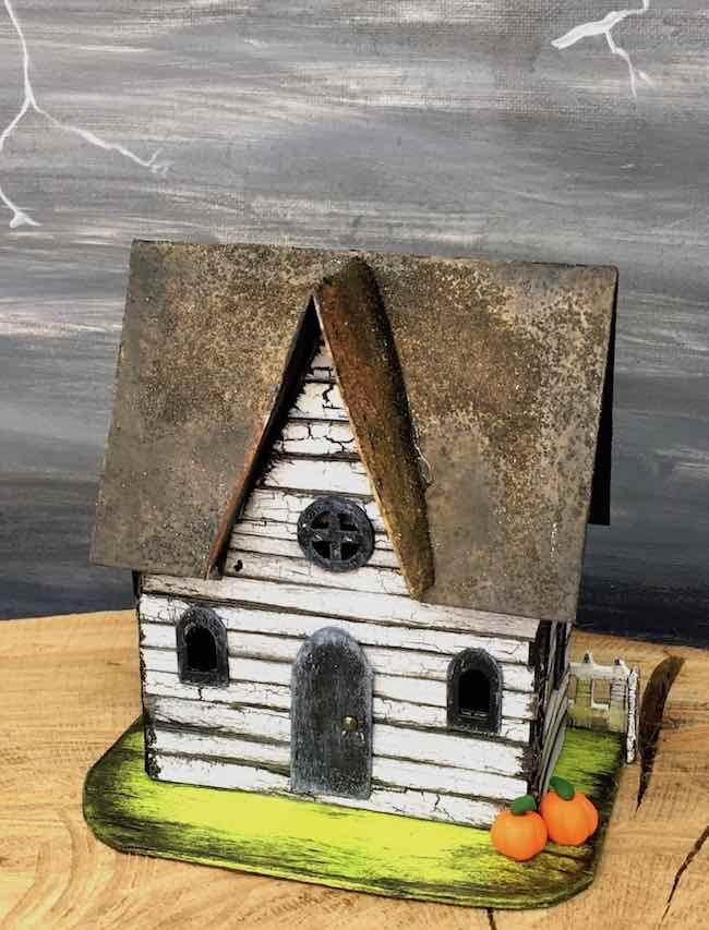 Make Minervas Middle Gable Halloween Paper House