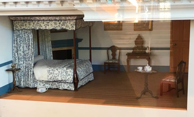 Miniature Mt. Vernon scale model bedroom