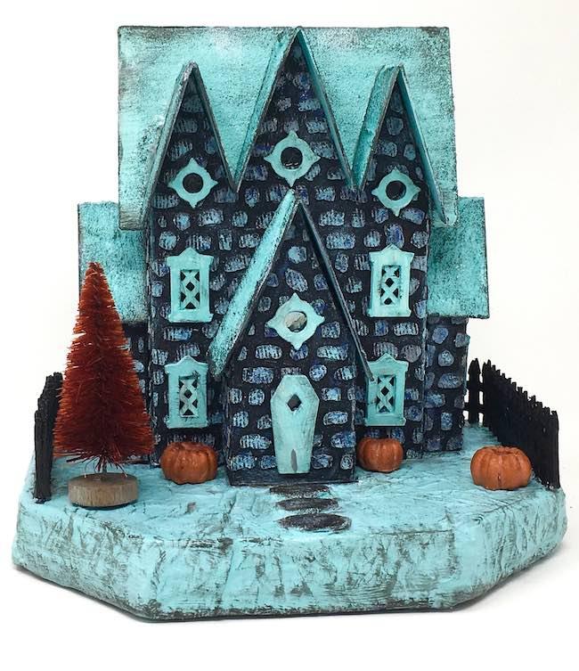 Plainer base for the little putz Halloween house