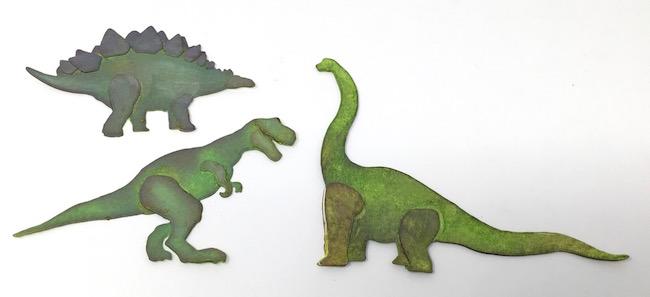 Prehistoric dinosaurs for Jurassic Paper mache egg