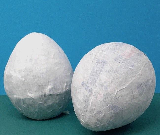 Primed paper mache eggs