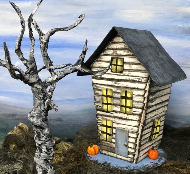 Crooked Halloween Paper House #halloweenhouse #halloweencrafts #paperhouse
