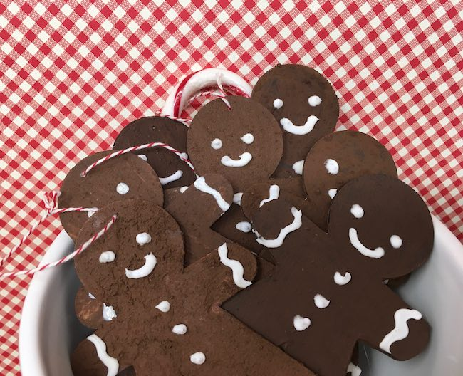 Smiling scented paper gingerbread ornaments