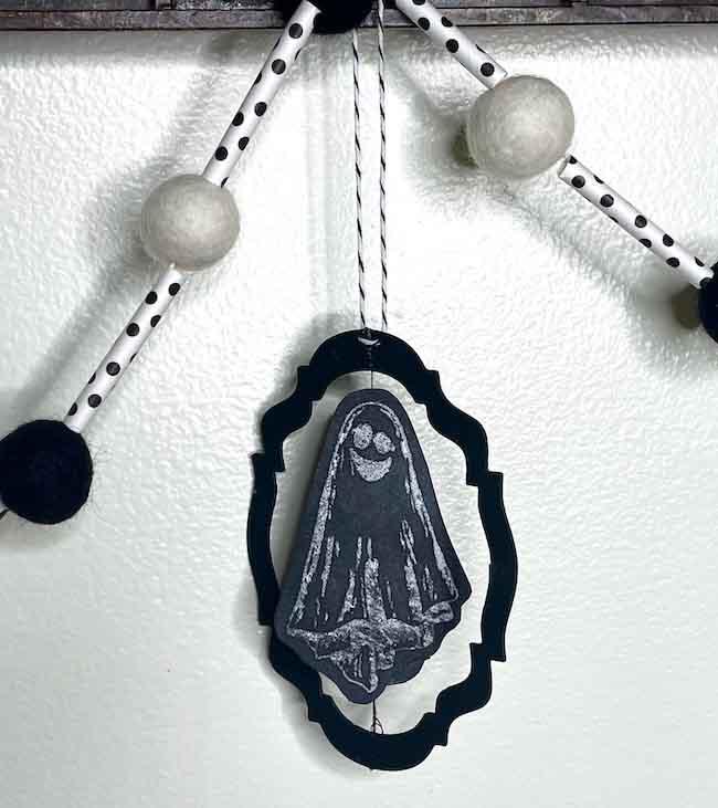 Spinning ghost Chalkboard Halloween Ornament
