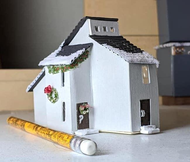DIY Dollhouse for a Dollhouse