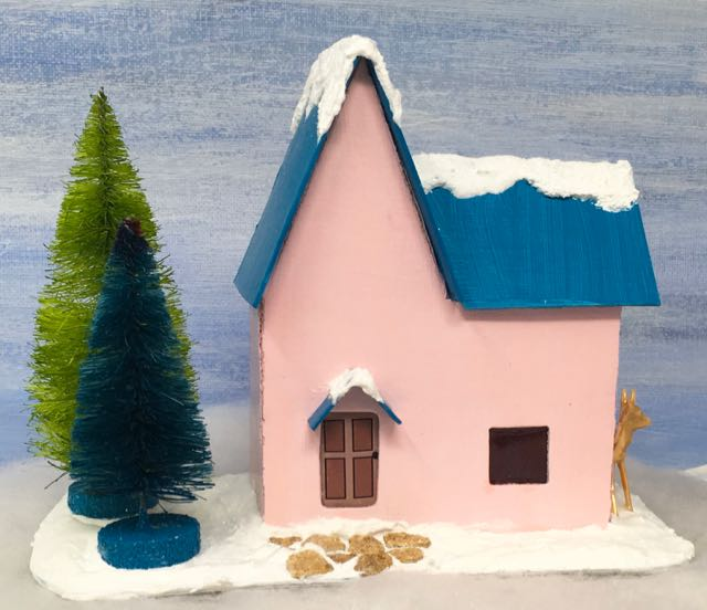 Christmas Putz House No. 4 |printable pattern| tutorial