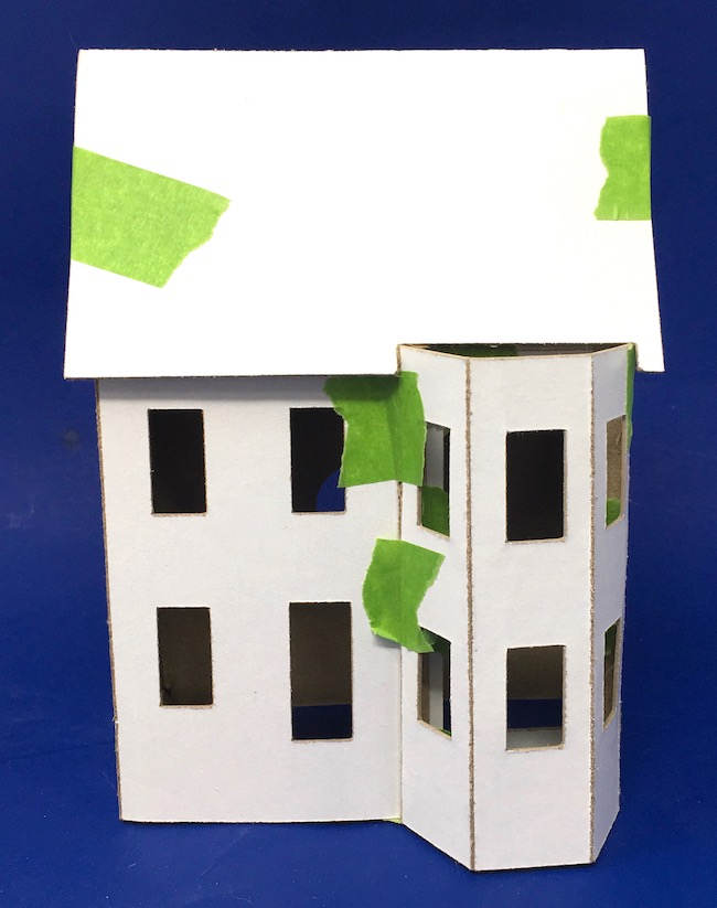 Test fit roof on Halloween paper house prototype