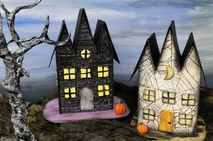 Triple gable gothic halloween paper house #halloweenhouse #diyhalloween #paperhouse