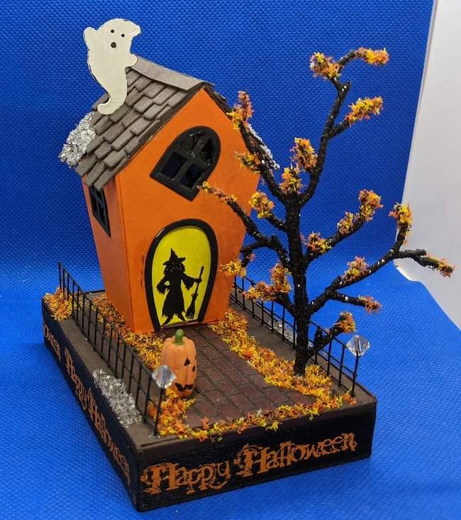 Steve Halloween 1 putz house