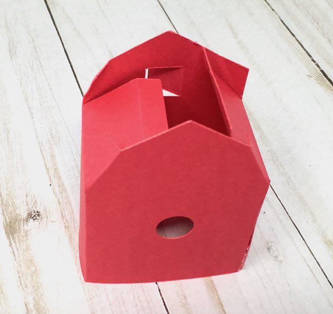 side glue tab for assmebly of barn